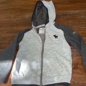 COPY - boys abercrombie sweater size 5/6